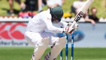 #Breaking New Zealand to continue bowling balls at opposition batsmen