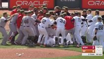 There was a good old bench clearing brawl in the MLB today
