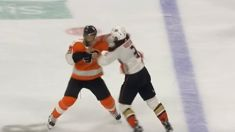 """NHL player uses """"Superman"""" punch to knock out opponent"""