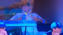 Steve Smith caught rubbing nipples during 1st Ashes Test