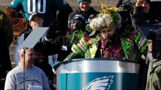 Philadelphia Eagles player delivers epic f-bomb filled speech at victory parade