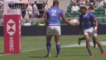 Is this the worst pass in rugby history?