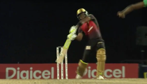 Danny Morrison loses his mind when Dwayne Bravo hits 5 Sixes in a row
