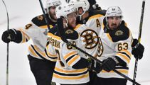 Bruins dominate Blues to take 2-1 lead in Stanley Cup Final