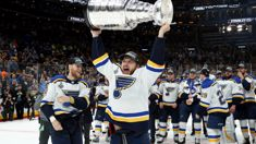 Play Gloria! The St. Louis Blues win their first ever Stanley Cup